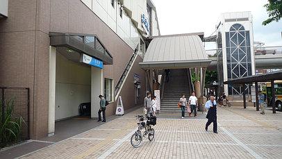 2008_0607_113033aa_s